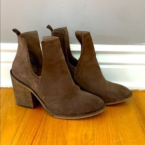 Steve Madden Salene Sz 9 brown leather booties